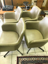 Set of (4) Mid Century Modern Good Form Propeller Base Chairs