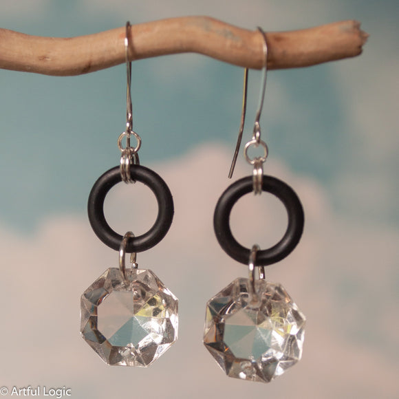 Small rubber o-ring with antique chandelier crystal drop earrings