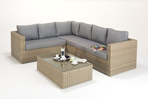 Highgrove Large Corner Suite-Highgrove-Outdoor Living Experience