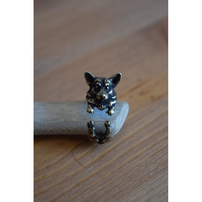 Antique Style Corgi Ring