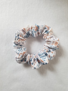 Scrunchies: Pick your print and in stock ♡