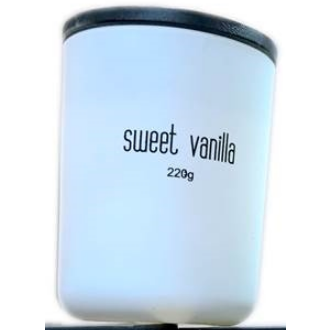 MATT WHITE AND BLACK SCENTED MEDIUM CANDLES