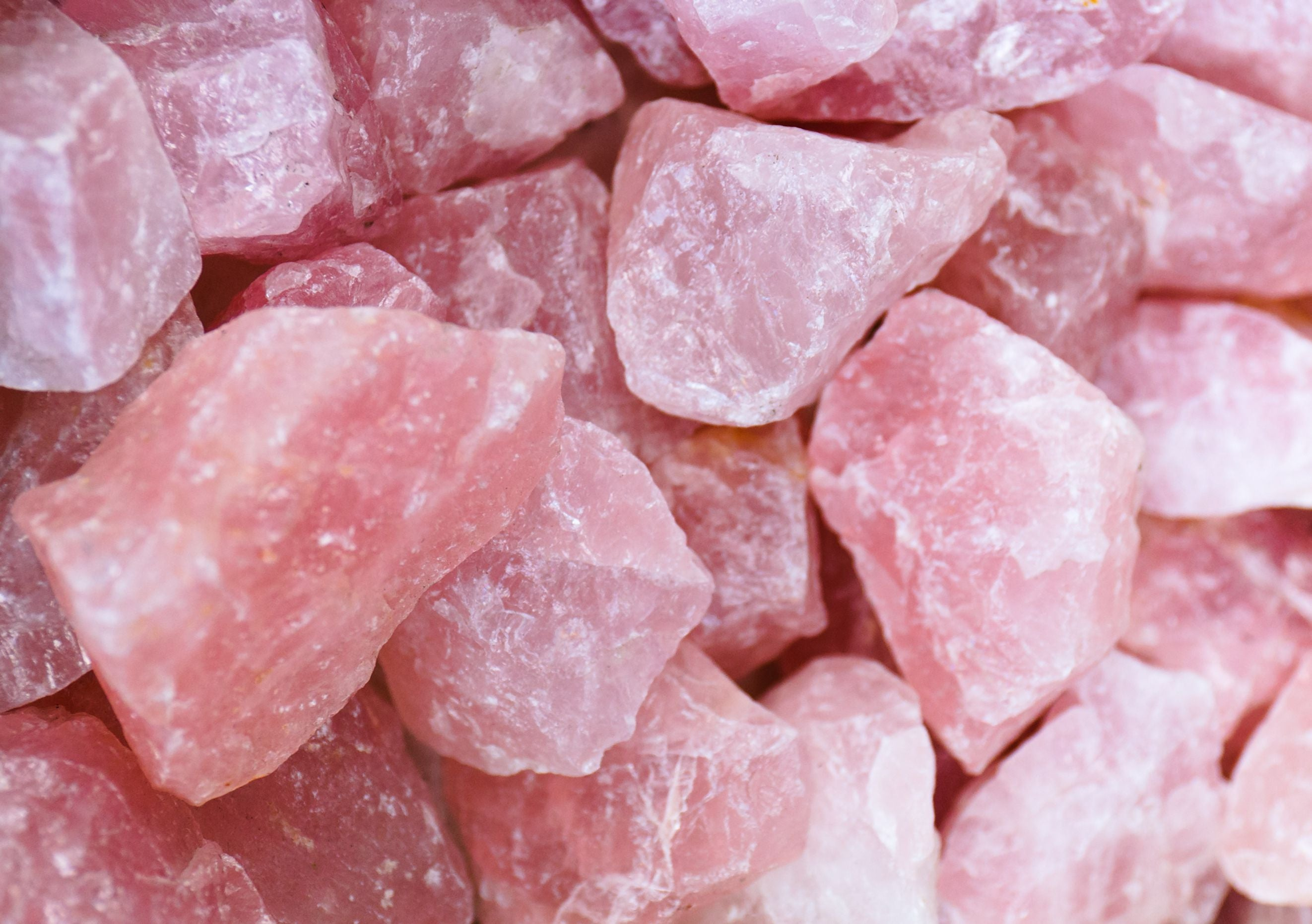 Rose Quartz Meaning and Healing Properties