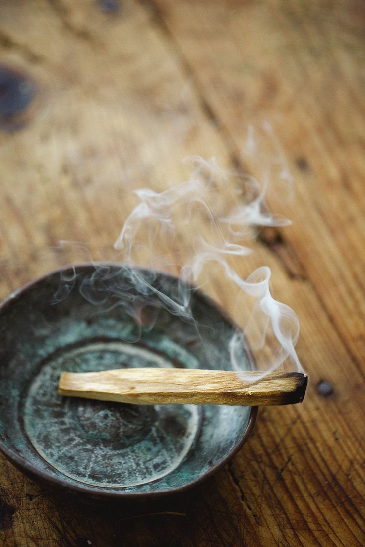 Organic Palo Santo Holy Wood incense sticks