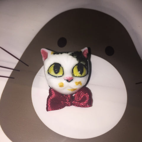 Hand painted 3D brooch, cat wearing a bow tie, ceramics brooch, 3d pin