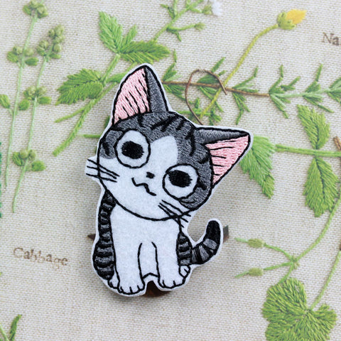 Embroidered Iron On Patch, Grey Cat1