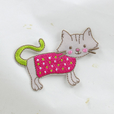 Embroidered Iron On Patch, Green tailed Cat