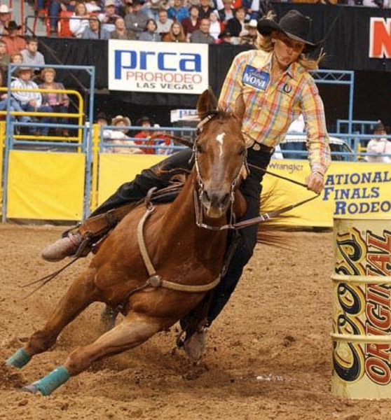 Charmayne James-Barrel-Racing-Carrera-de-Barriles-Equinazone-Blog