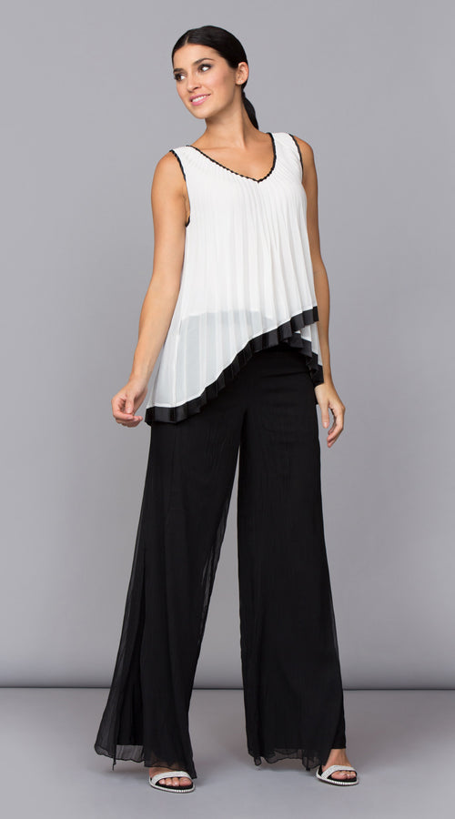 SUNBURST PLEATED TOP