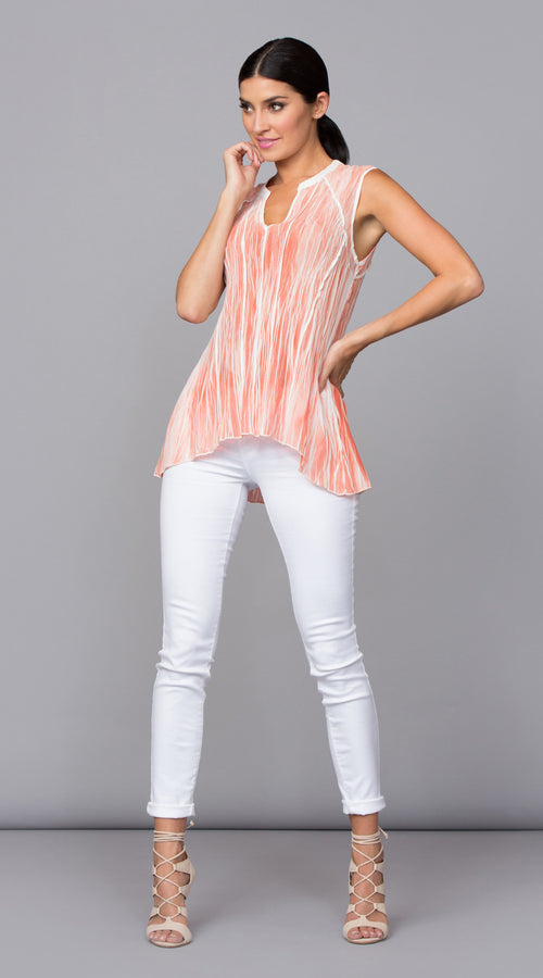 REVERSIBLE NOTCH NECK TOP