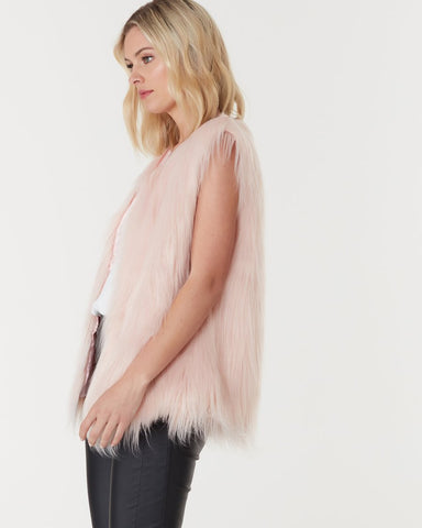 WINDSOR FAUX FUR VEST IN BLUSH