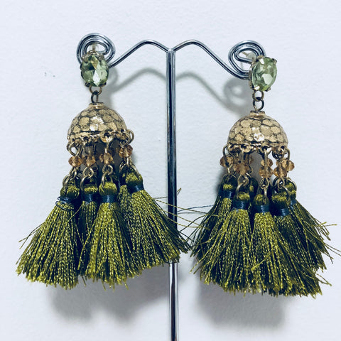 TASSEL STUD EARRINGS