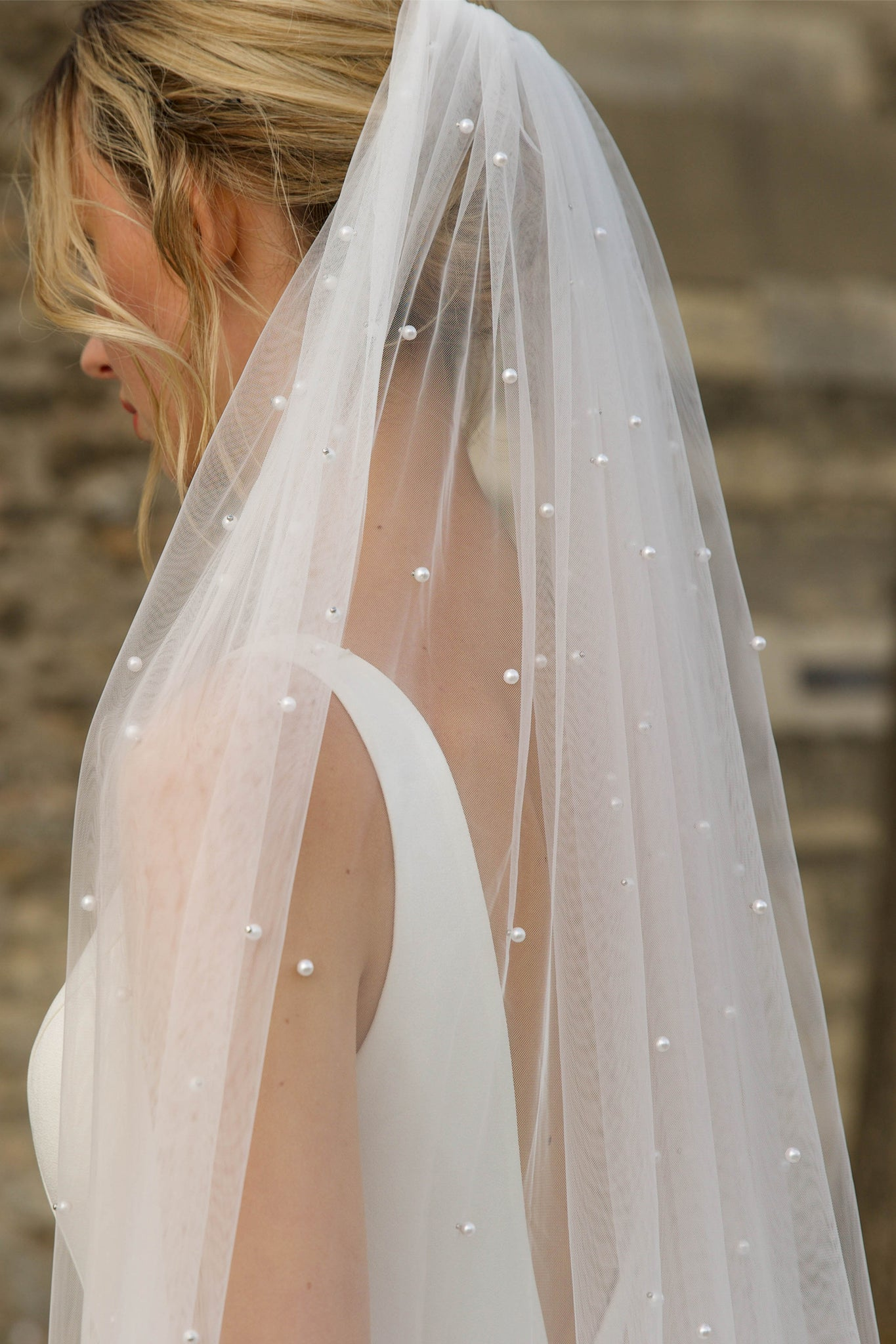 Long Soft Tulle Veils With Pearls
