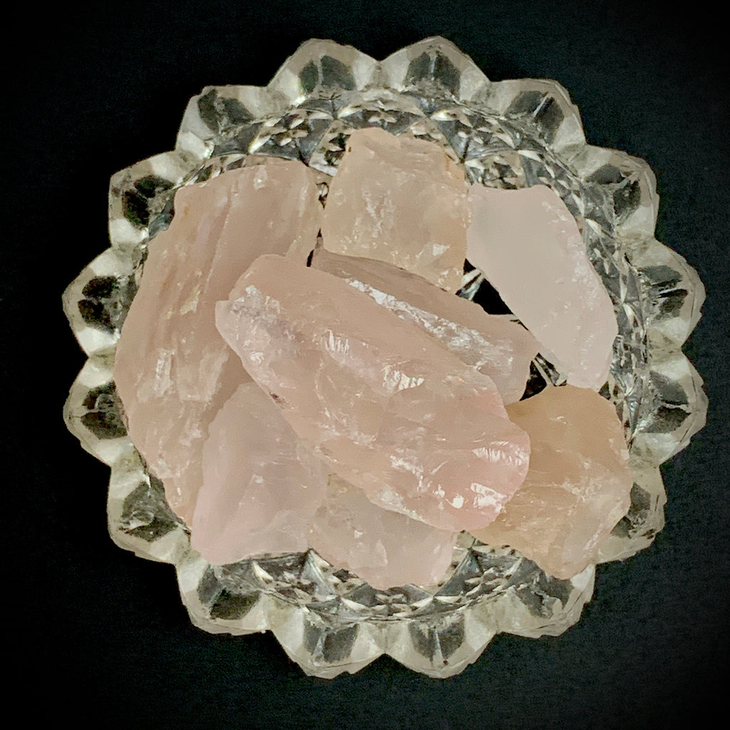 Rose Quartz— Gemmy Rough