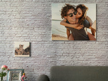 Customized Canvas.LIVE - The Dynamic Art in your space