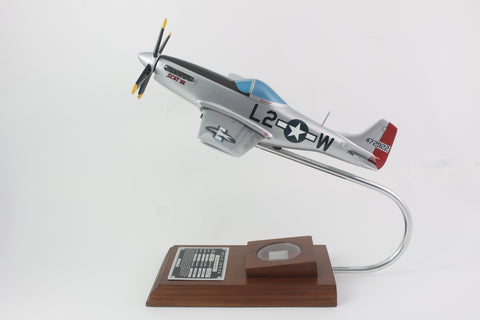 "P-51D Mustang ""Scatt VII"" 1/32 Scale Model with Real Plane Relic"