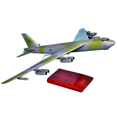 B-52G Stratofortress 1/100