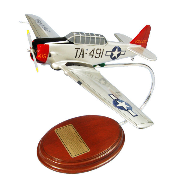 AT-6A Texan I USAF 1/42