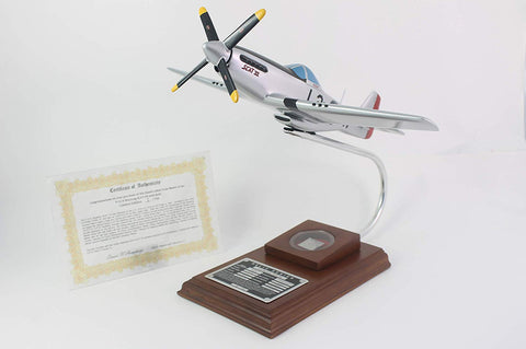 P-51D Mustang Scatt VII 1/32 Scale Model with Real Plane Relic