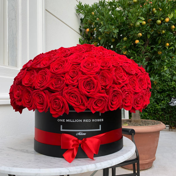 Classic Collection - One Million - Rose Rosse Sfera- Scatola Nera