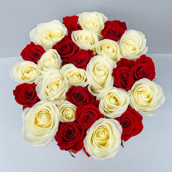 Classic Collection - Medium Box - Rose Rosse e Bianche Scacchi - Scatola Bianca