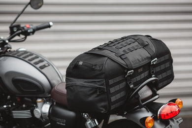 SW Motech Legend Gear tail bag LR2 - Black Edition