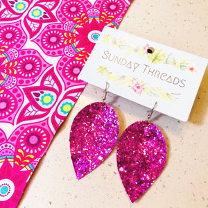 Vegan leather statement earrings - Pink1
