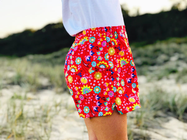 Sunday Play Shorts - festival red