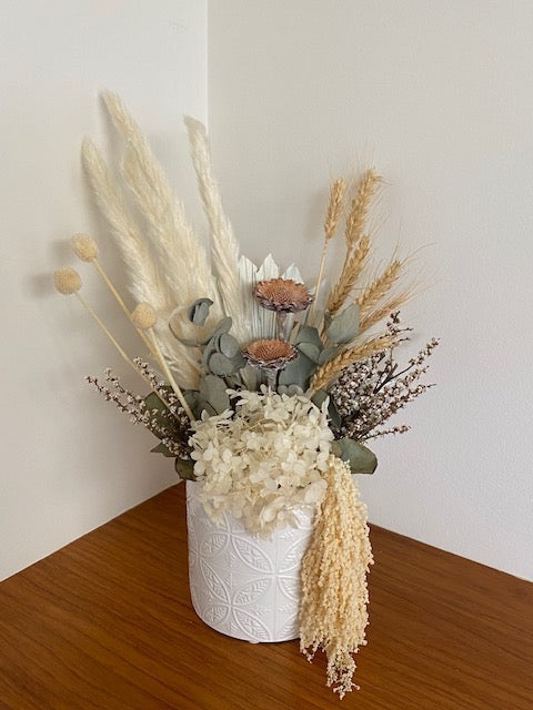 Dried Flower Arrangement - Dakota