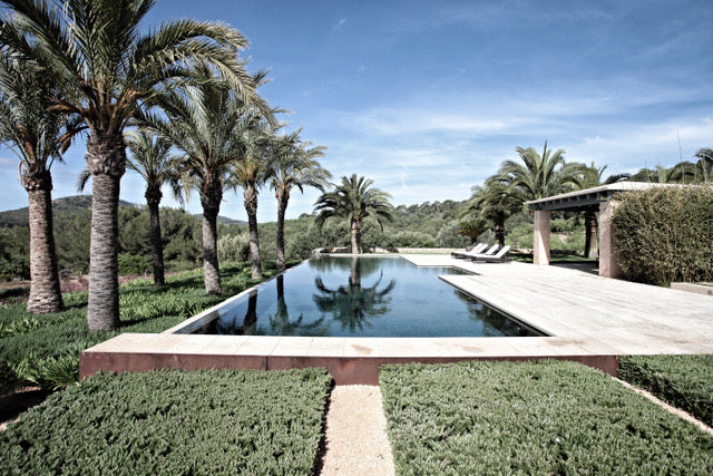 Balearic Retreats (digital book only)