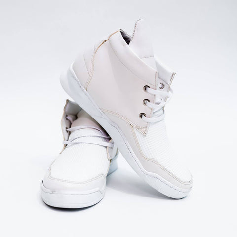 HIGH-TOP WHITE SNEAKERS - REVERSE WORLD