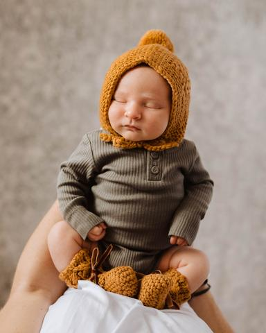 Snuggle Hunny Bronze Wool Bonnet & Beanie Set as sold by Scarlett Tippy Toes