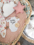 "One.Chew.Three Wooden ""It's a Girl"" Plaque - Floral Design"