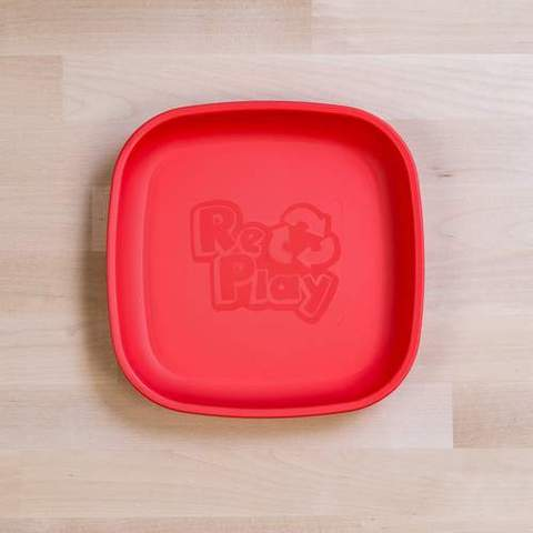 Re-Play Recycled Plastic Flat Plate in Red - 18cm (Original Size)
