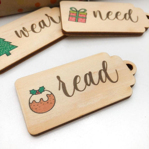 One.Chew.Three Simplicity Wooden Timber Gift Tags (Colour Christmas Icons)