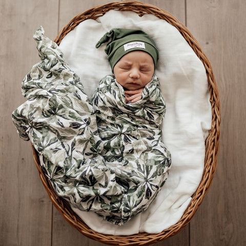Snuggle Hunny Organic Muslin Wrap in Evergreen Leaves