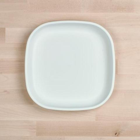 Re-Play Recycled Plastic Flat Plate in White - 22cm (Adult Size)