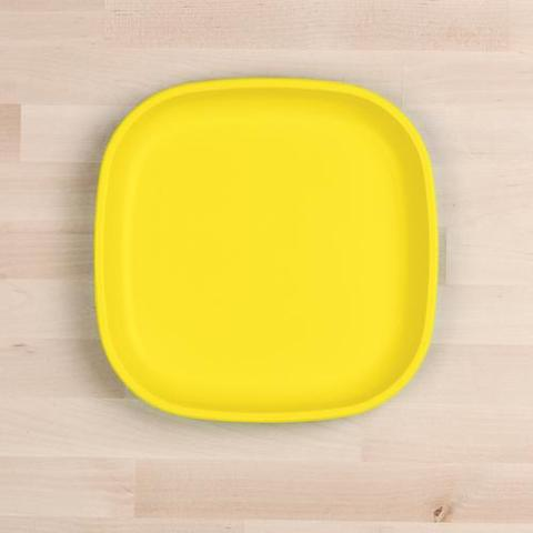 Re-Play Recycled Plastic Flat Plate in Yellow - 22cm (Adult Size)