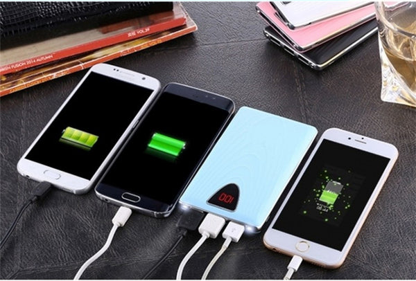 Caricatore iPhone HAND 3USB+LED - Ricarica completa 7 volte!