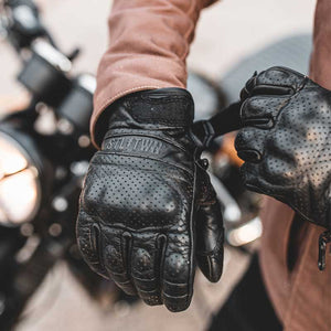 Steeltown Armoured Riding Gloves - Black