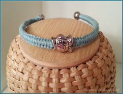 "Boceans ""Catch Me if You Can"" Fish Ball End Bangle ~ B189  (shown in light blue) - Boceans of Cape Cod"
