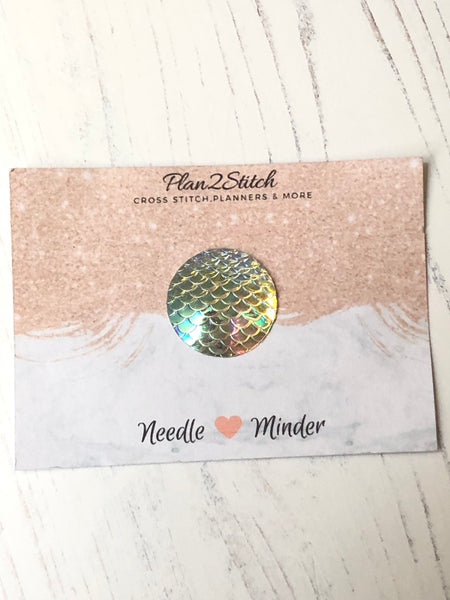 Mermaid Scale Dot Needle Minder
