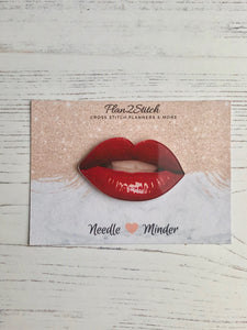 Red Lips Needle Minder
