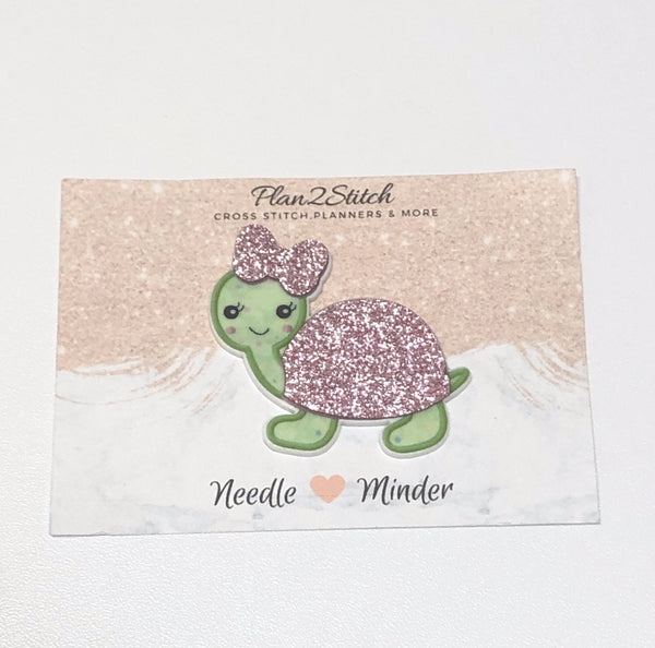 Tilly the Turtle Needle Minder