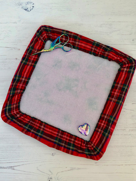 Red Tartan Q-Snap Frame Cover, Grime Guard
