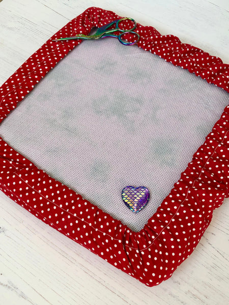 Red Polka Dot Q-Snap Frame Cover, Grime Guard