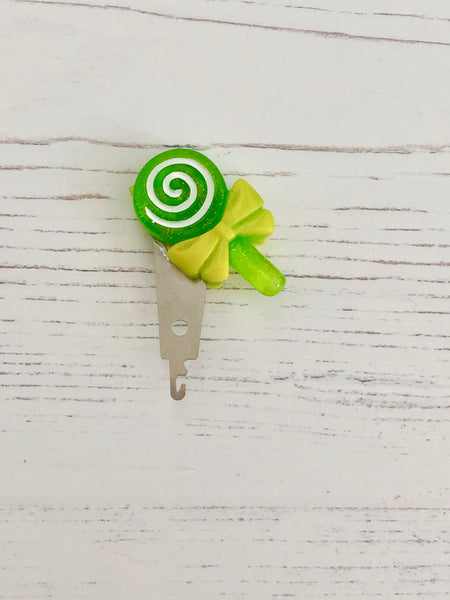 Lollipop Swirl Needle Threader Collection