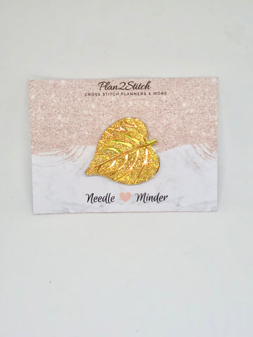 Gold Sparkly Leaf Needleminder