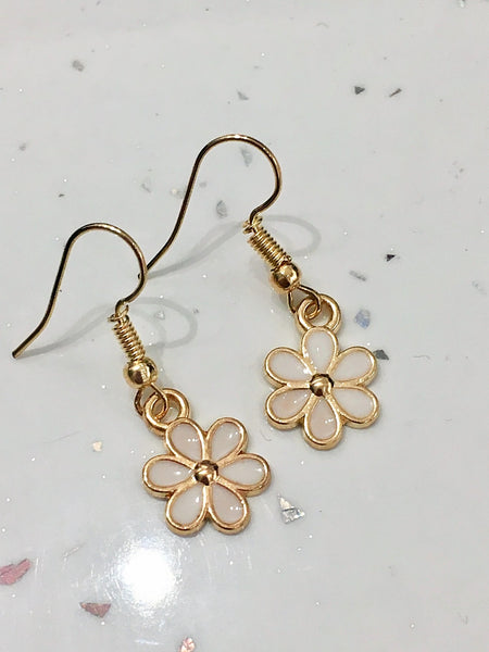 White & Gold Flower Earrings