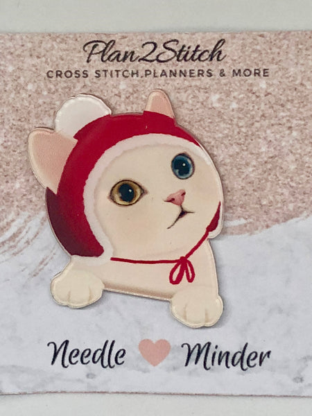 Snookie the Kitten Needleminder